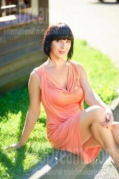 Marina from Ivanofrankovsk 39 years - look for a man. My small public photo.