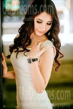 Masha from Poltava 24 years - ukrainian bride. My small public photo.