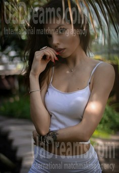 Nataly from Poltava 27 years - photo gallery. My small public photo.