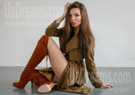Nataly from Poltava 28 years - waiting for husband. My small public photo.
