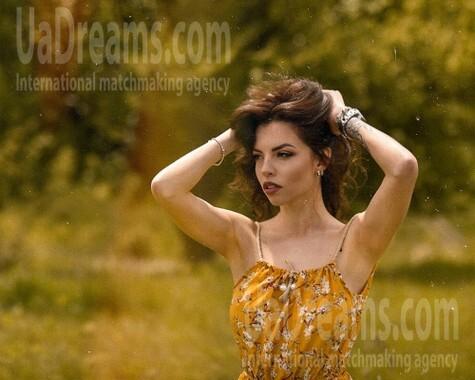 Nataly from Poltava 28 years - photo gallery. My small public photo.
