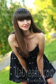 Julia from Sumy 27 years - beautiful woman. My small public photo.