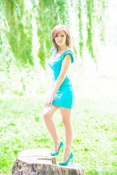 Ira from Ivanofrankovsk 29 years - eyes with love. My small public photo.