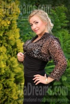Oksi from Zaporozhye 38 years - ukrainian girl. My small public photo.