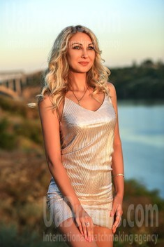 Natalie from Zaporozhye 34 years - sexy lady. My small public photo.