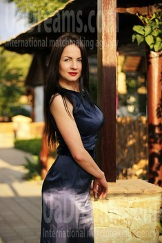 Dashenka from Zaporozhye 37 years - attentive lady. My small public photo.