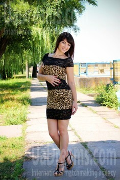 Olya from Zaporozhye 35 years - charm and softness. My small public photo.