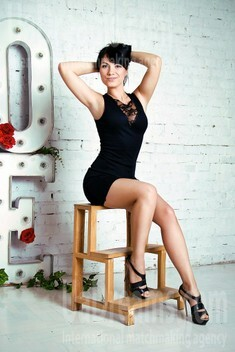 Olya from Zaporozhye 35 years - seeking man. My small public photo.