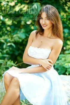 Ulya from Ivanofrankovsk 27 years - waiting for husband. My small public photo.