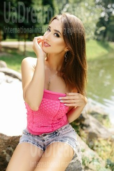 Ulya from Ivanofrankovsk 29 years - attractive lady. My small public photo.