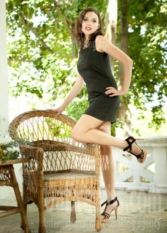 Elena from Odessa 37 years - easy charm. My small public photo.