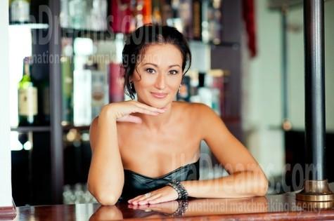 Tatiana from Kharkov 42 years - smiling for you. My small public photo.
