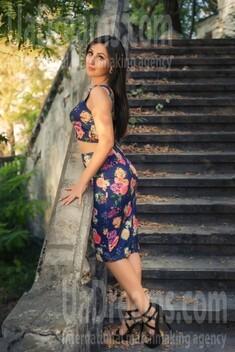 Svetlana 31 years - desirable woman. My small public photo.