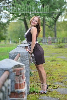 Larisa from Sumy 40 years - single lady. My small public photo.