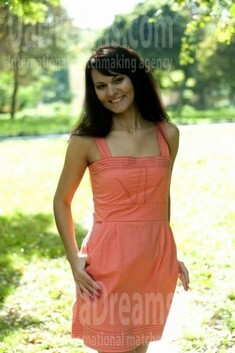 Liuda from Rovno 33 years - attractive lady. My small public photo.