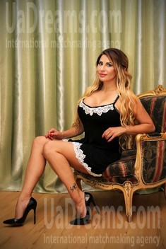 Tanya from Zaporozhye 41 years - waiting for husband. My small public photo.