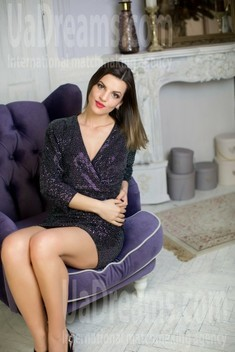 Irina from Sumy 27 years - want to be loved. My small public photo.