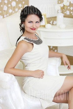 Tanya from Dnepropetrovsk 29 years - attentive lady. My small public photo.