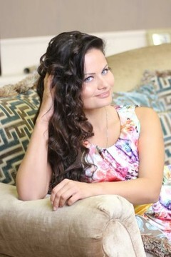 Tanya from Dnepropetrovsk 29 years - Music-lover girl. My small primary photo.