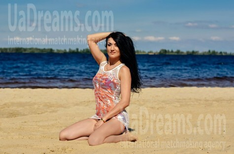 Vicky from Cherkasy 35 years - attentive lady. My small public photo.