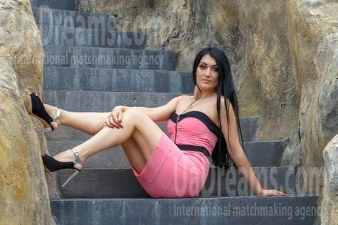 Vicky from Cherkasy 33 years - natural beauty. My small public photo.