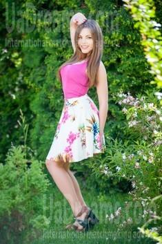Galya from Ivanofrankovsk 30 years - bright smile. My small public photo.