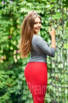 Galya from Ivanofrankovsk 31 years - easy charm. My small public photo.