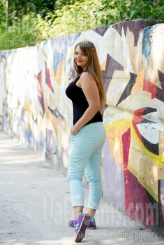 Alina from Sumy 30 years - eyes with love. My small public photo.