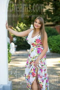 Alina from Sumy 31 years - loving woman. My small public photo.