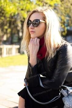 Natali Rovno 31 y.o. - intelligent lady - small public photo.