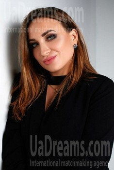 Ninochka from Sumy 30 years - seeking soulmate. My small public photo.
