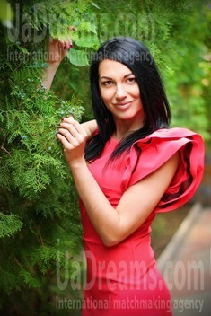 Iren from Zaporozhye 32 years - want to be loved. My small public photo.