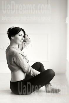 Iren from Zaporozhye 33 years - photo gallery. My small public photo.