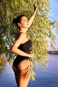 Iren from Zaporozhye 33 years - want to be loved. My small public photo.