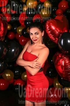 Iren from Zaporozhye 33 years - amazing girl. My small public photo.