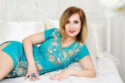 Tanya from Zaporozhye 36 years - sunny smile. My small public photo.