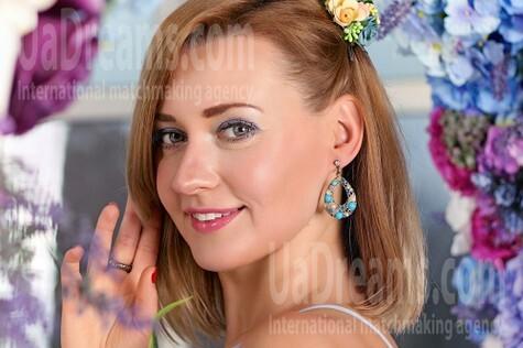 Tanya from Zaporozhye 37 years - eyes lakes. My small public photo.