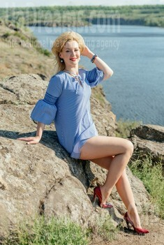 Tanya from Zaporozhye 38 years - happy woman. My small public photo.