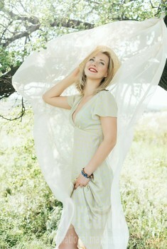 Tanya from Zaporozhye 37 years - natural beauty. My small public photo.