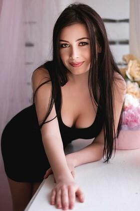 Olechka  19 years - sexy lady. My small primary photo.