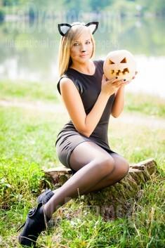 Alina from Ivanofrankovsk 25 years - hot lady. My small public photo.