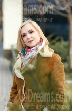 Lika from Kremenchug 48 years - single russian woman. My small public photo.