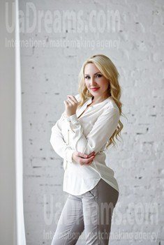 Olechka from Zaporozhye 38 years - loving woman. My small public photo.