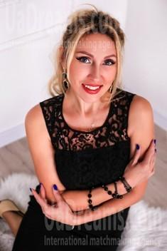 Olechka from Zaporozhye 39 years - lovely girl. My small public photo.
