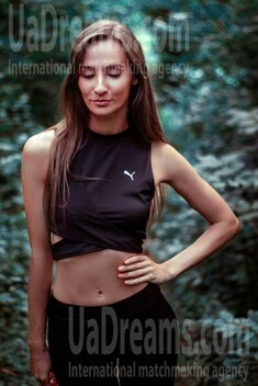 Nastya from Kiev 28 years - kind russian girl. My small public photo.