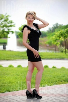 Tanya from Zaporozhye 35 years - happy woman. My small public photo.