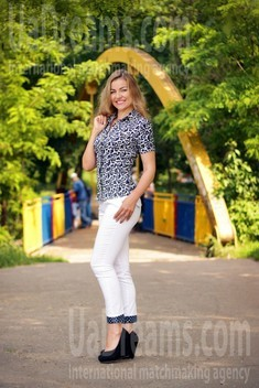 Tanya from Zaporozhye 35 years - Kind-hearted woman. My small public photo.