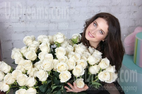 Galina from Odessa 29 years - cool photo shooting. My small public photo.