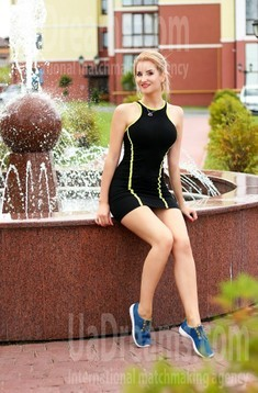 Alyona 32 years - natural beauty. My small public photo.