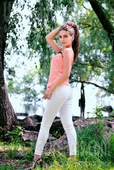 Olya from Cherkasy 24 years - charm and softness. My small public photo.